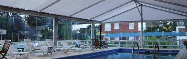 Cerramientos para piscinas piletas decosombra for Cerramientos para piscinas